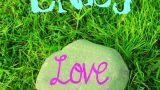 Kamień z Napisem Love - Enej